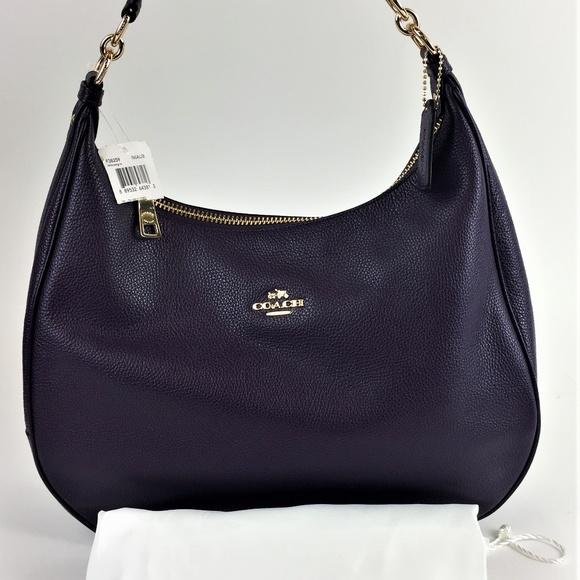ea413798d1 Coach Harley Hobo in Pebble leather